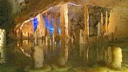 De grootste grot van Europa in Le Marche