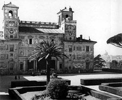 Bezoek de tuinen van de Villa Medici in Rome