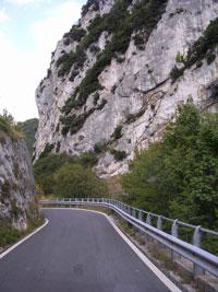 Autotochten en wandelingen door Umbrie en Le Marche