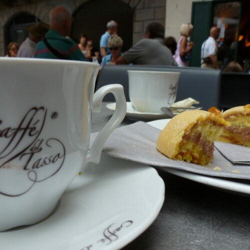 Caffe Tasso op het plein van Bergamo